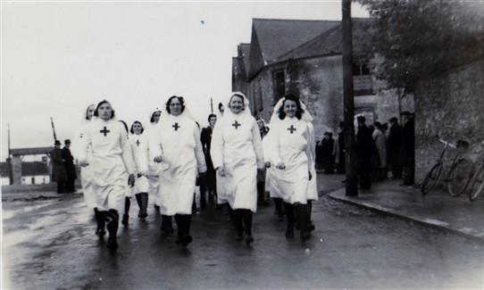 Photo:Red Cross Ladies