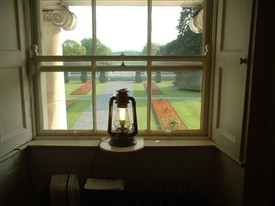 Photo:Light in the window of Áras an Uachtaráin, Dublin