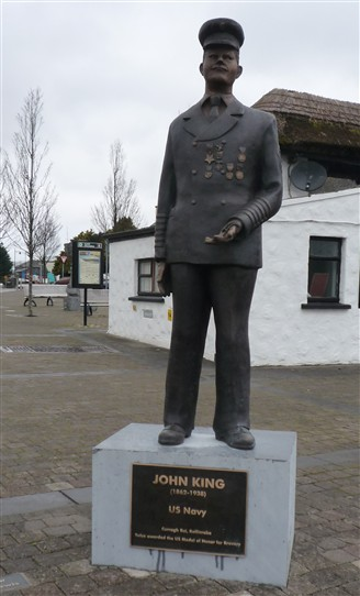 Photo:John King sculpture on Cornmarket, Ballinrobe, Co. Mayo